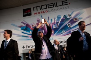 'Tomorrow Transformed with Richard Quest' visits Mobile World Congress (Credit: Getty Images)