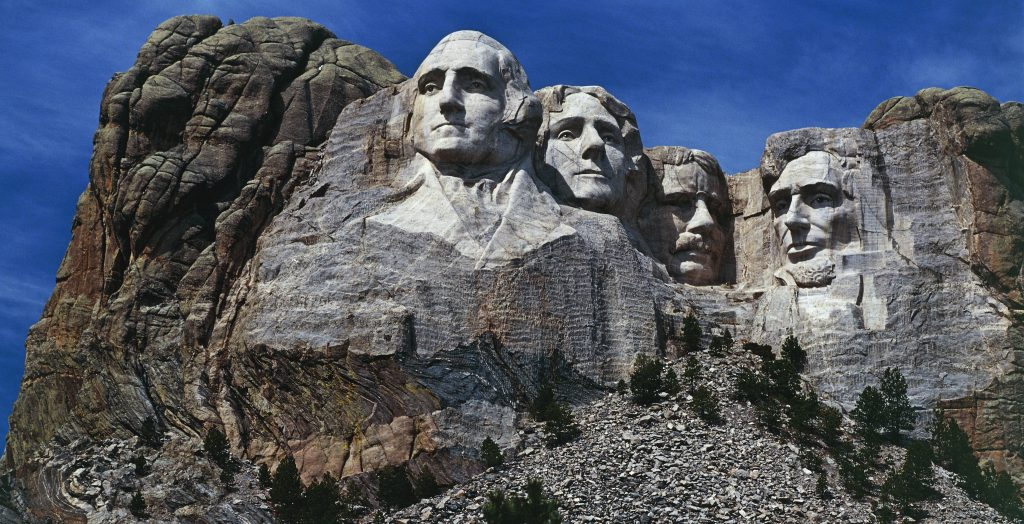 UNITED STATES - MAY 05: The carved sculptures depicting the faces of US Presidents George Washington (1732-1799) and Thomas Jefferson (1743-1826), National monument, Mount Rushmore, South Dakota, United States of America. (Photo by DeAgostini/Getty Images)